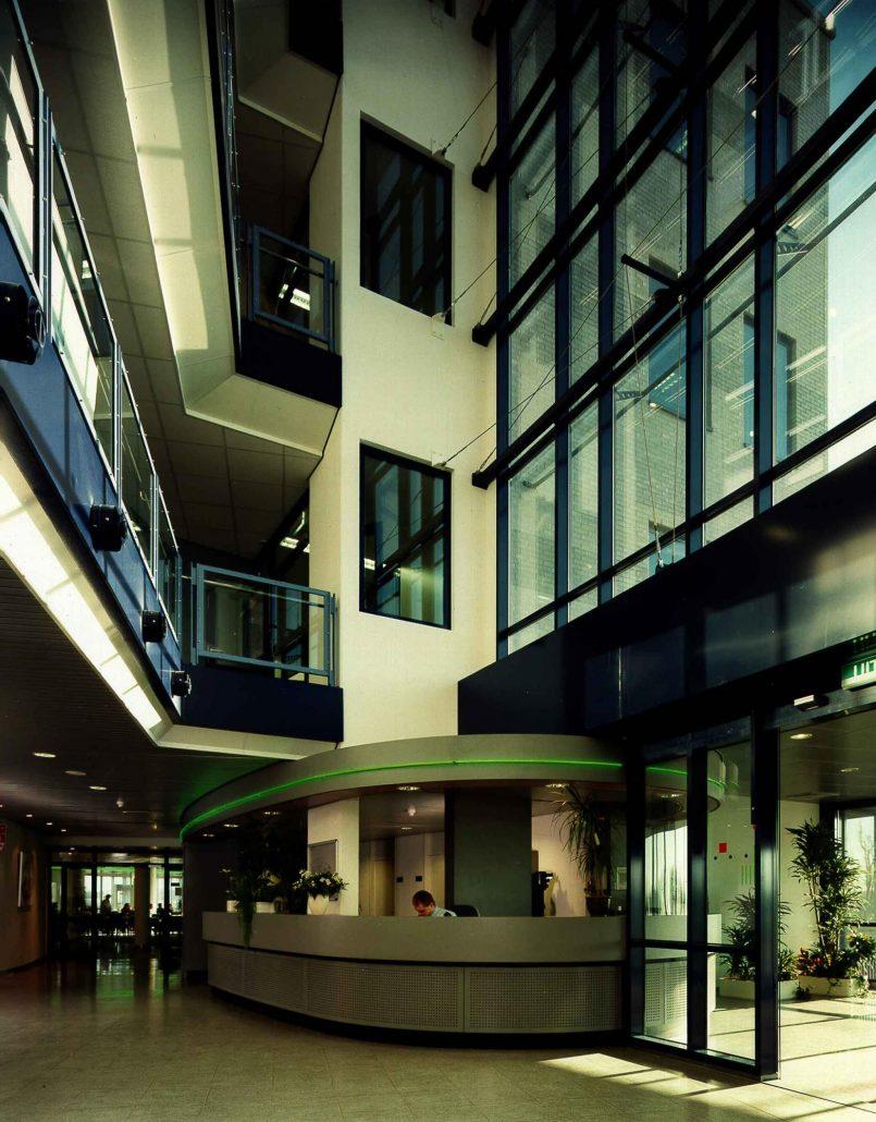 Kpn kantoor westervoortsedijk arnhem ags architects for Kantoor architect